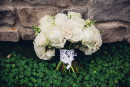 Edgewater House Wedding in Gig Harbor, WA | White, cream, and blush bridal bouquet | Perfectly Posh Events | Mike Fiechtner Photography | Floral Design by Stacy Anderson Design