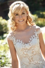 Seattle's Top Wedding Vendors | Bridal Photo | Seattle's Best Hair and Makeup | Azzura Photography
