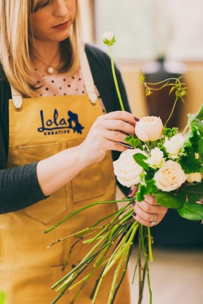 Seattle wedding planner floral design class with Lola Designs | Photo by Love Song Photo