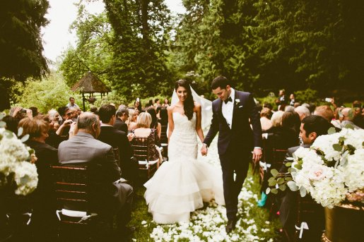 DeLille Cellars wedding in Woodinville | Bride & Groom walking down the aisle | Perfectly Posh Events | Seattle Wedding Planner | Andria Lindquist Photography