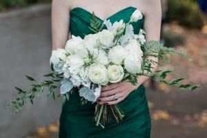 Seattle Wedding Planner Workshop | Photo by Amy Galbraith Photography | Green Wedding Dress