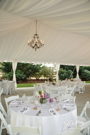 Laurel Creek Manor Wedding in Seattle | White tent for wedding reception with chandelier | Perfectly Posh Events, Seattle Wedding Planner | Azzura Photography