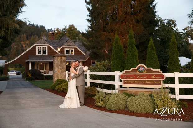 Laurel Creek Manor Wedding in Seattle   Seattle Bride & Groom wedding day photography   Perfectly Posh Events, Seattle Wedding Planner   Azzura Photography