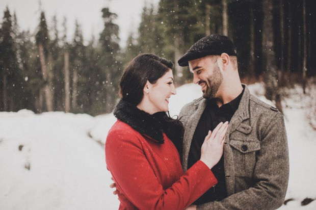 Pacific Northwest Engagement Shoot   PNW Winter engagement shoot with snow and trees   Seattle Wedding Planner, Perfectly Posh Events   Carina Skrobecki Photography