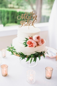 "Glen Acres Golf Club wedding in Seattle | Romantic wedding cake with ""To the Moon & Back"" topper 