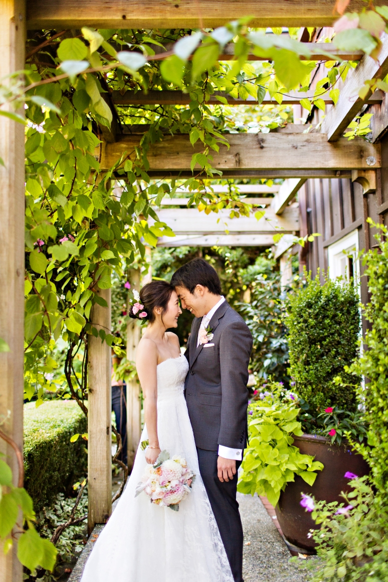 Robinswood House Wedding in Bellevue   Outdoor garden wedding space   Perfectly Posh Events, Seattle Wedding Planner   Courtney Bowlden Photography