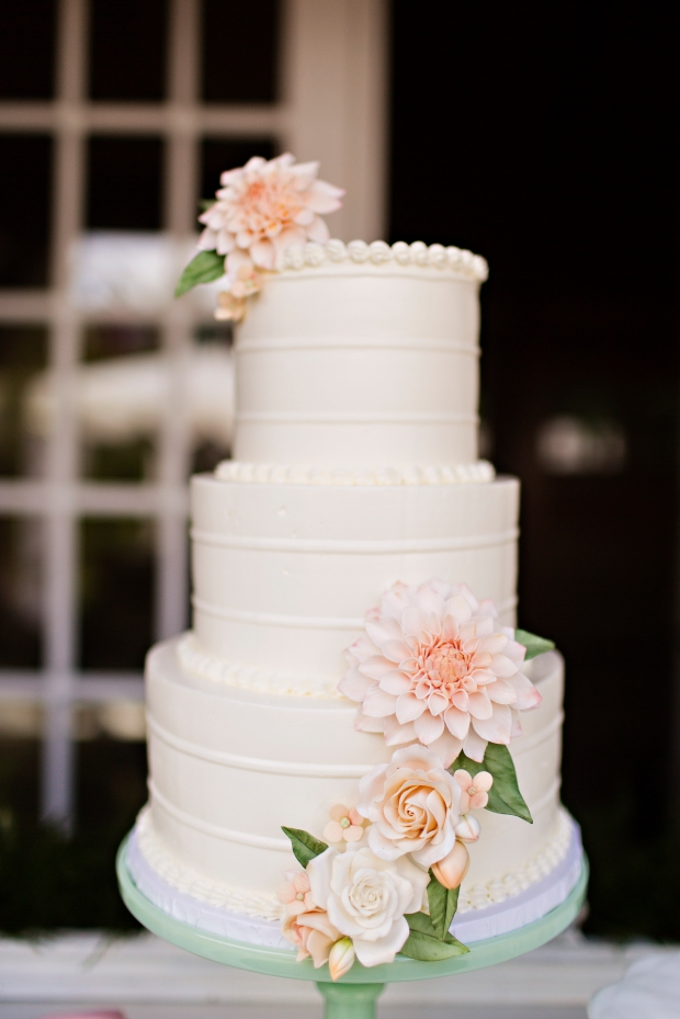 Robinswood House Wedding in Bellevue | Romantic three tiered white wedding cake with dahlias | Perfectly Posh Events, Seattle Wedding Planner | Courtney Bowlden Photography | Midori Bakery