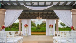The Westin Misson Hills Golf Resort and Spa, Palm Springs wedding   ceremony set up   Perfectly Posh Events, Seattle and Portland Wedding Planner
